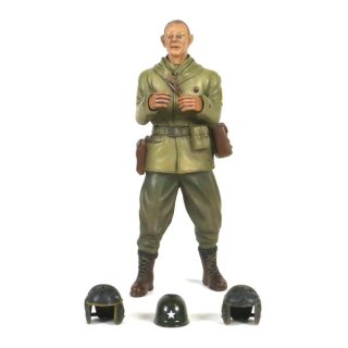 1/16 Figur Captain Commander A. Ross Stehend